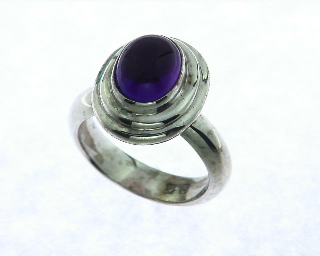Amethyst Cabochon Sterling Silver Ring.