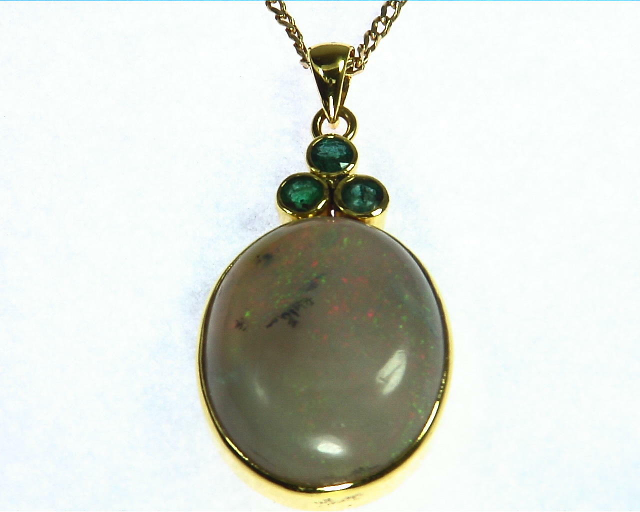 Opal Natural Genuine Gemstone set in 14 kt Yellow Gold Pendent NFG,907