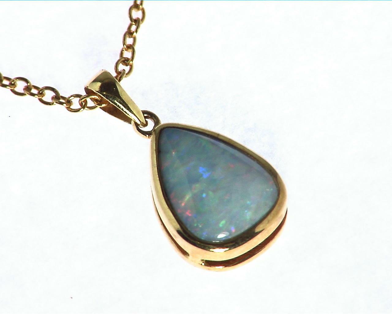 Black Opal Gold Pendant 4