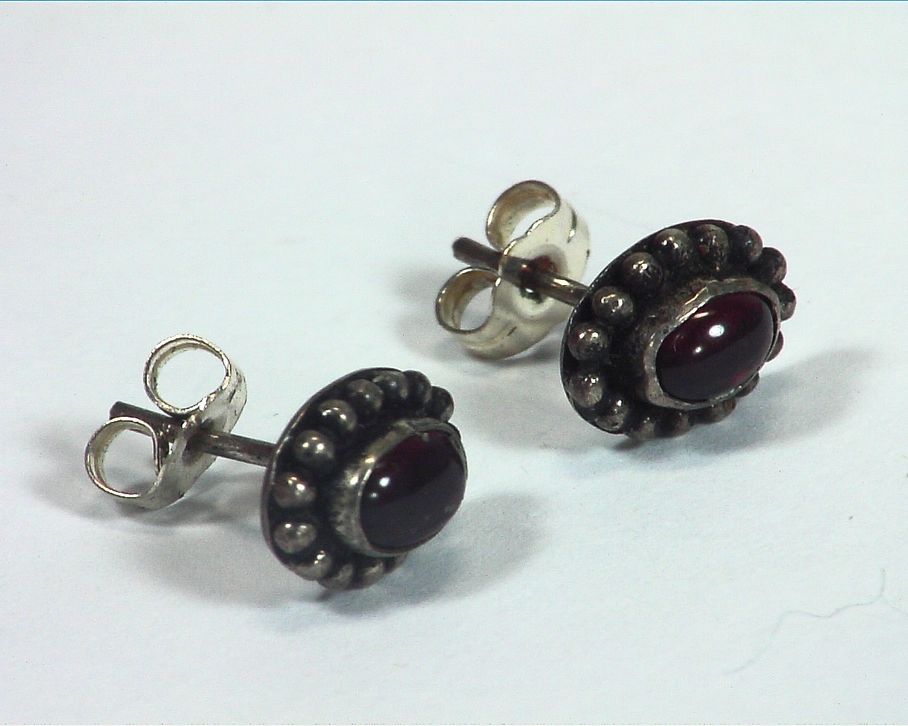 Garnet Natural Genuine Gems Stone Stud Earrings ESS,812