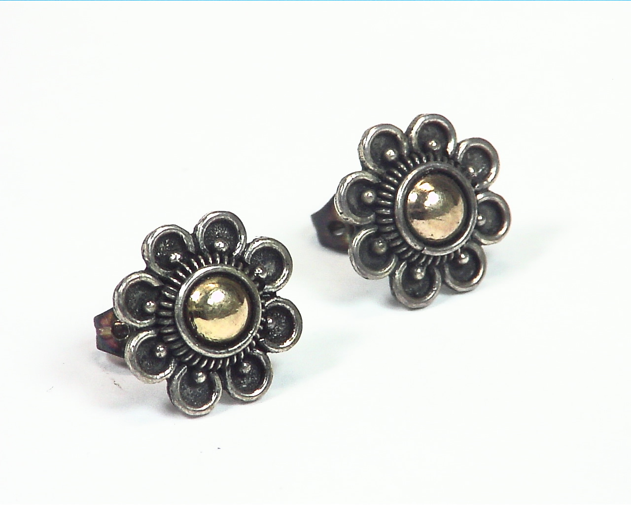 Sterling silver Flower design earrings with copper ESS,840 1