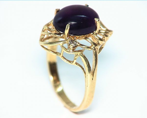 Amethyst set in a Beautiful 14 kt Yellow Gold Engagement Ring Design 3