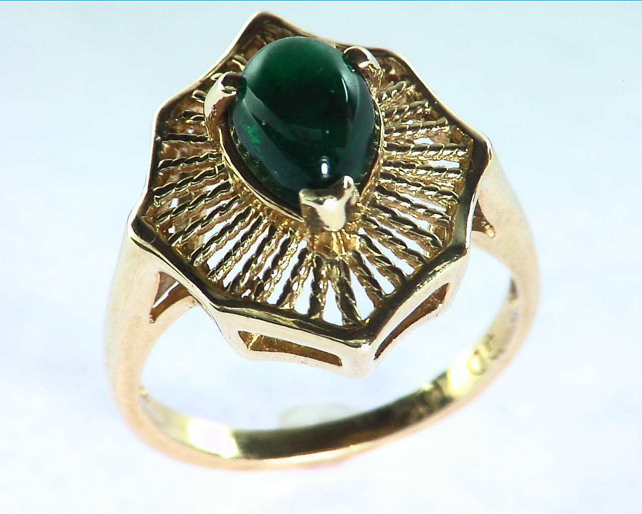 Emerald Engagement Ring in 14 kt Yellow Gold in a Beautiful Design RFK126