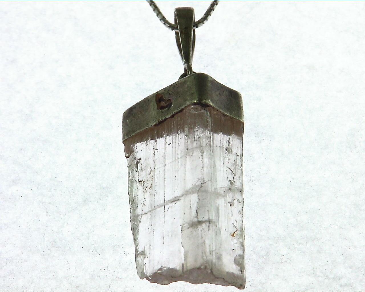 Kunzite natural genuine Crystal Pendant in Silver PSS,1015 3
