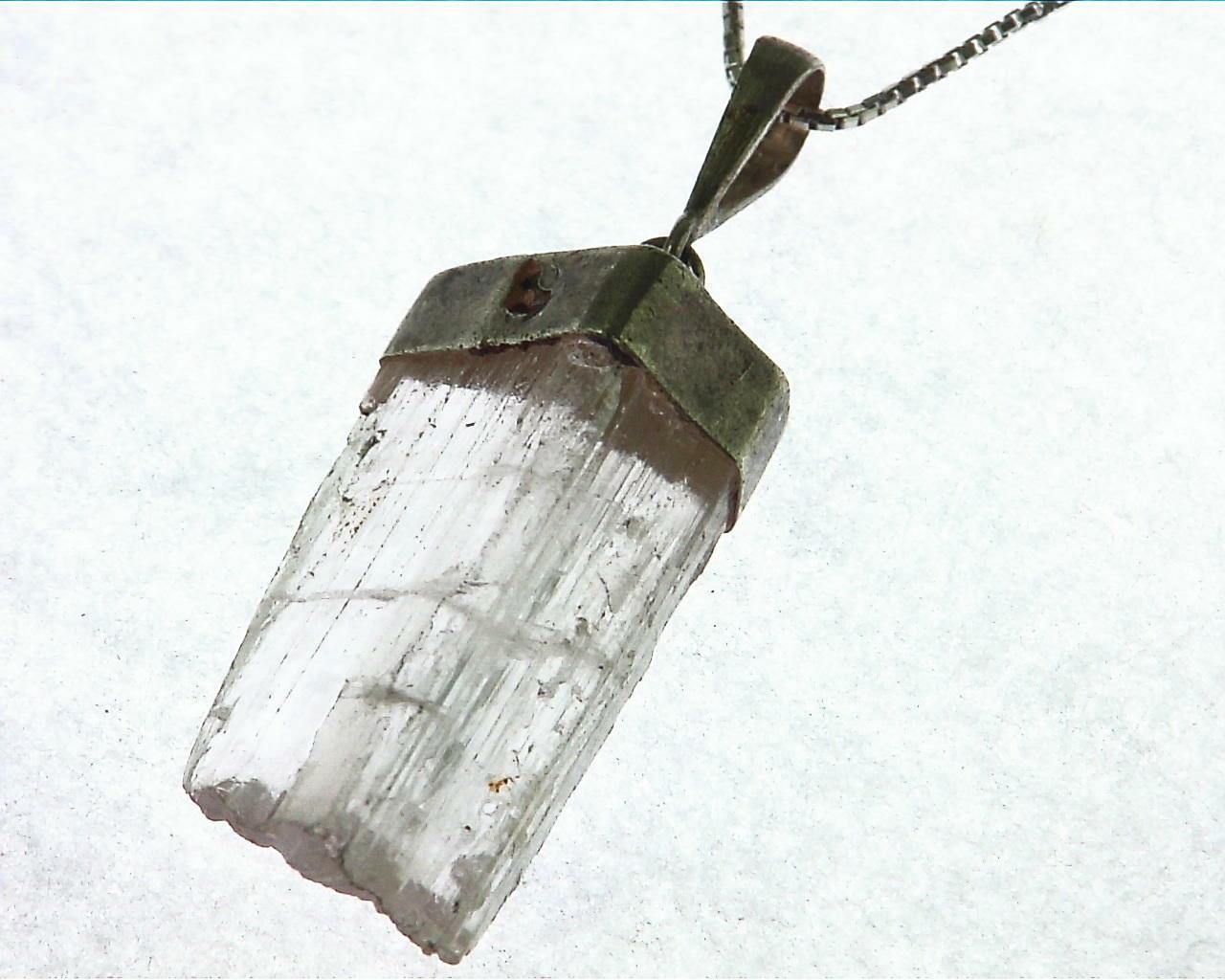 Kunzite natural genuine Crystal Pendant in Silver PSS,1015 4