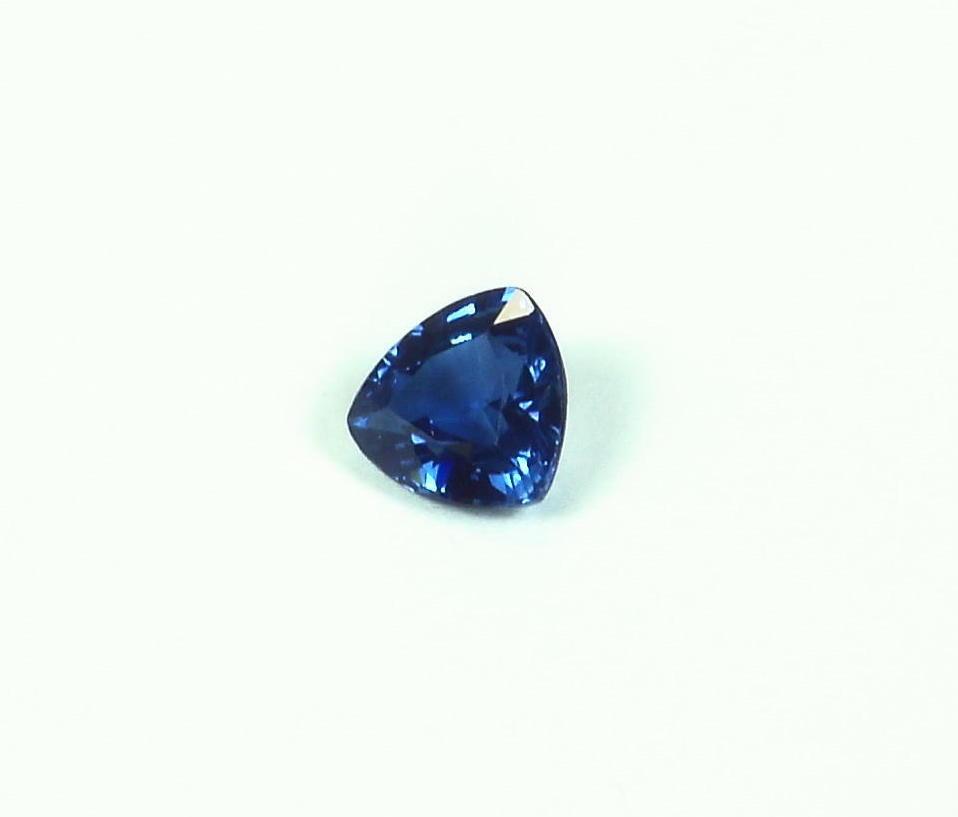Gemstone Natural Genuine Corundum Blue Sapphire