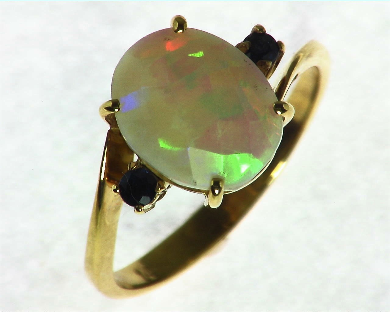 Opal Natural Genuine Gemstone set in 14kt yellow Gold Lady,s Ring RFK,291