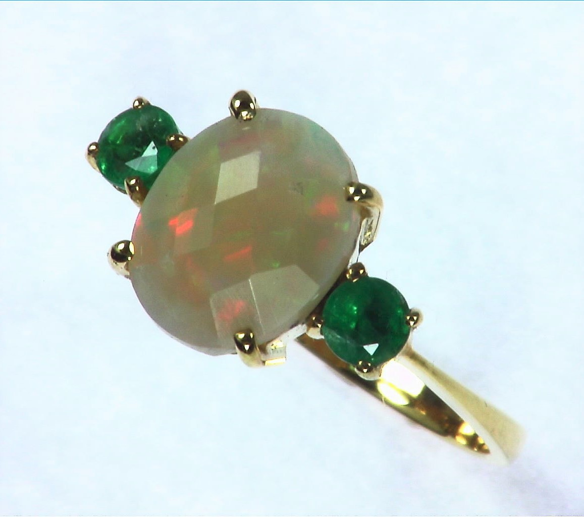 Opal Natural Genuine Gemstone set in 14kt yellow Gold Lady,s Ring RFK,295 4