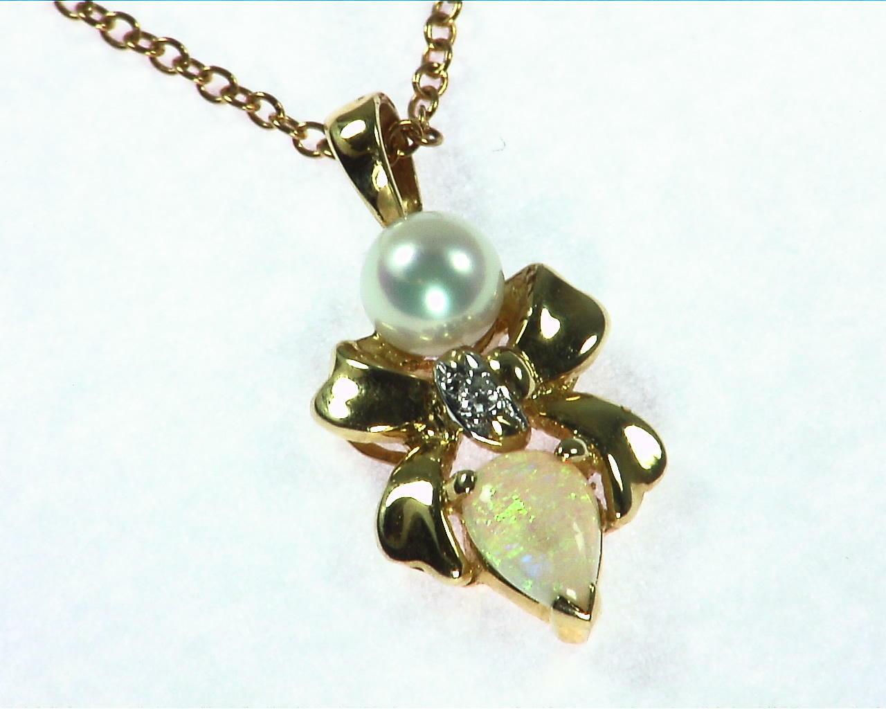 Opal Pearl Gold Pendant