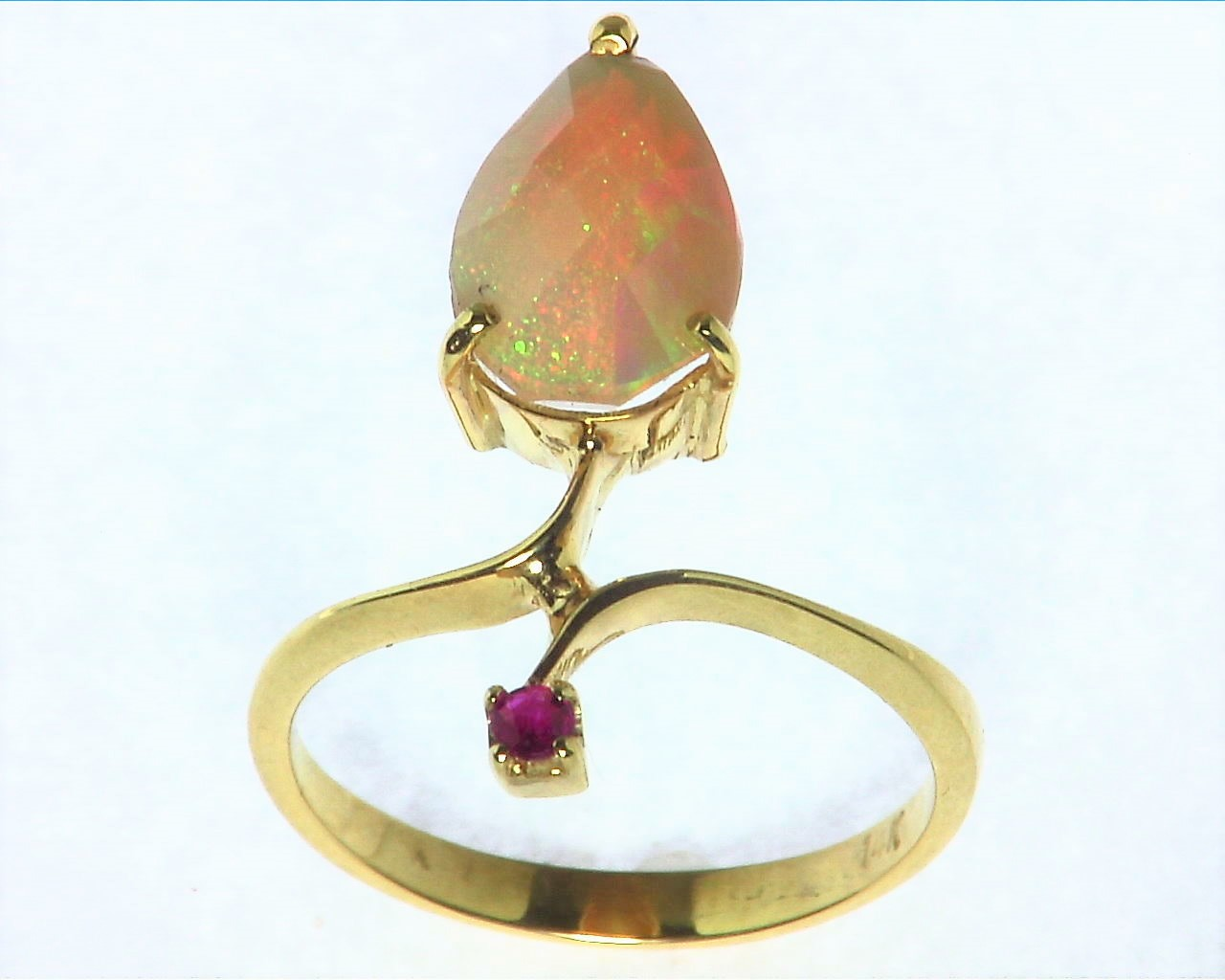 Opal Natural Genuine Gemstone set in 14kt yellow Gold Lady,s Ring RFK,290 5