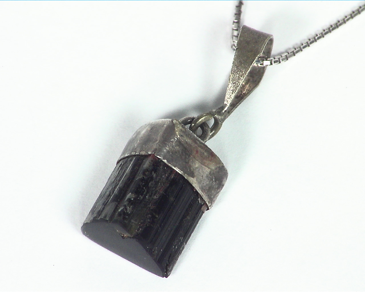 Natural Genuine black tourmaline Pendant set in sterling silver PSS,1033 5