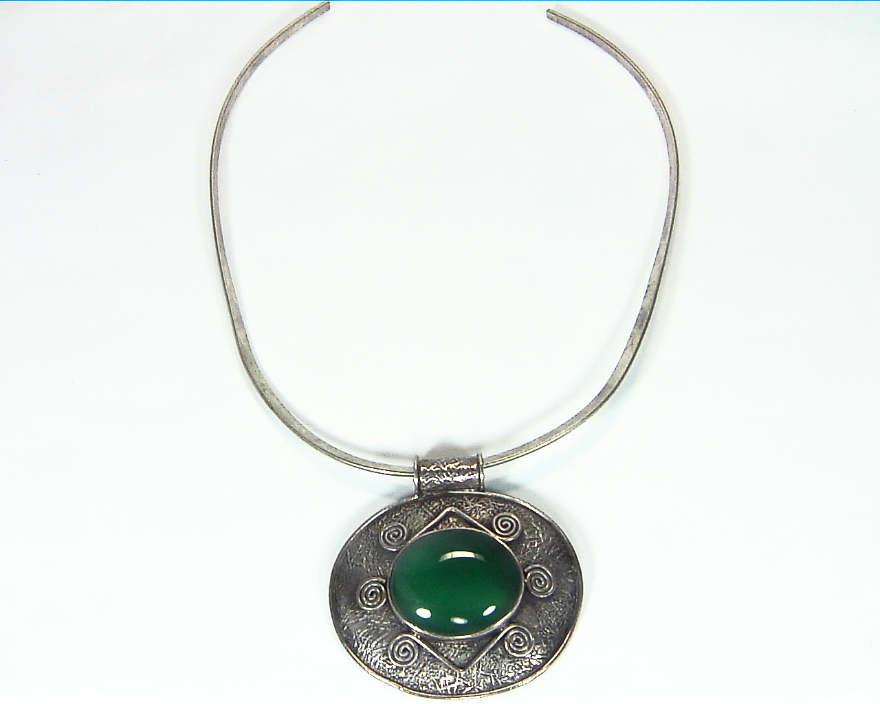 Green Onyx Natural Genuine Gemstone Sterling Silver Pendent PSS,1199 1