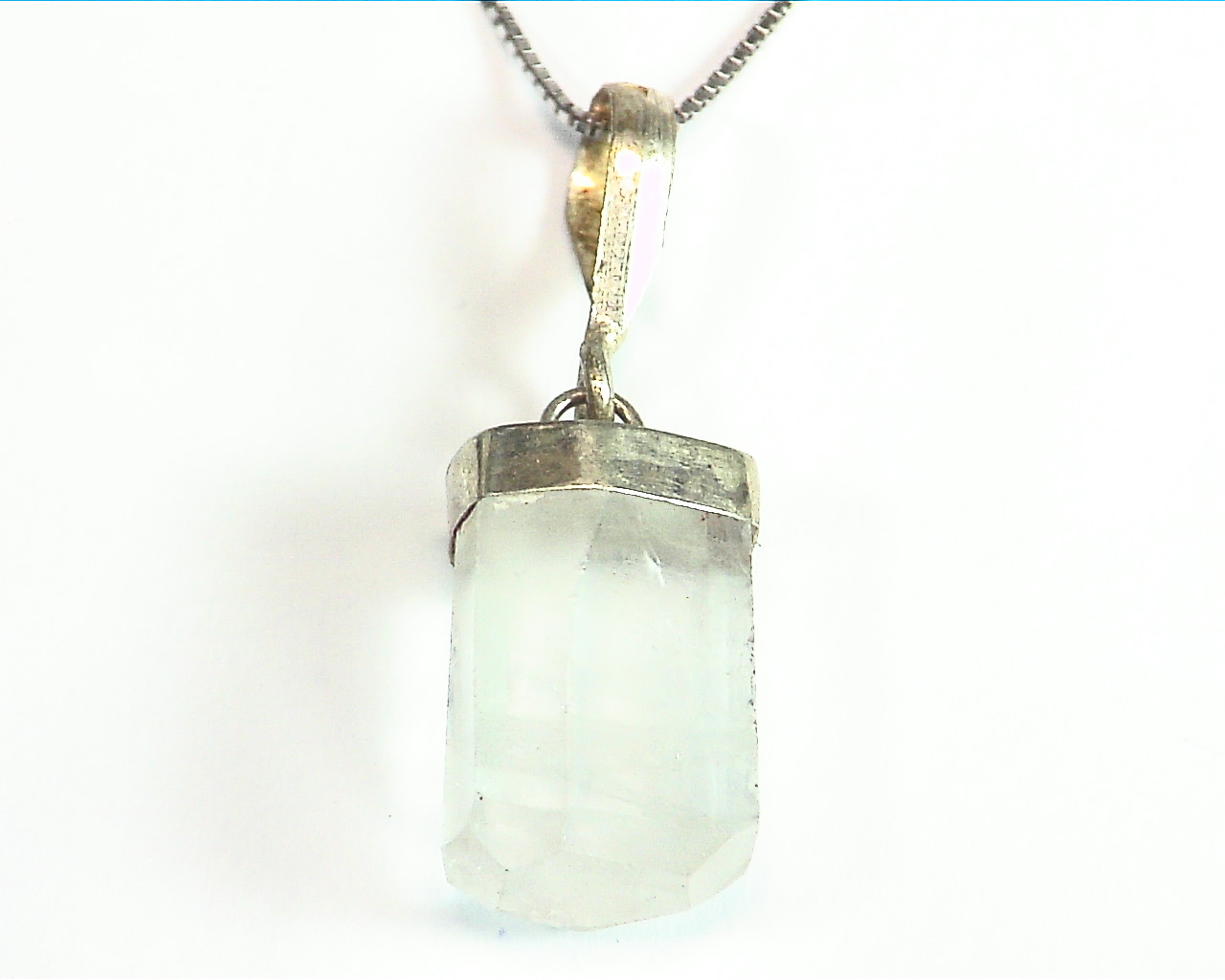 Aquamarine Natural Genuine Crystal sterling Silver Pendent PSS,845 1