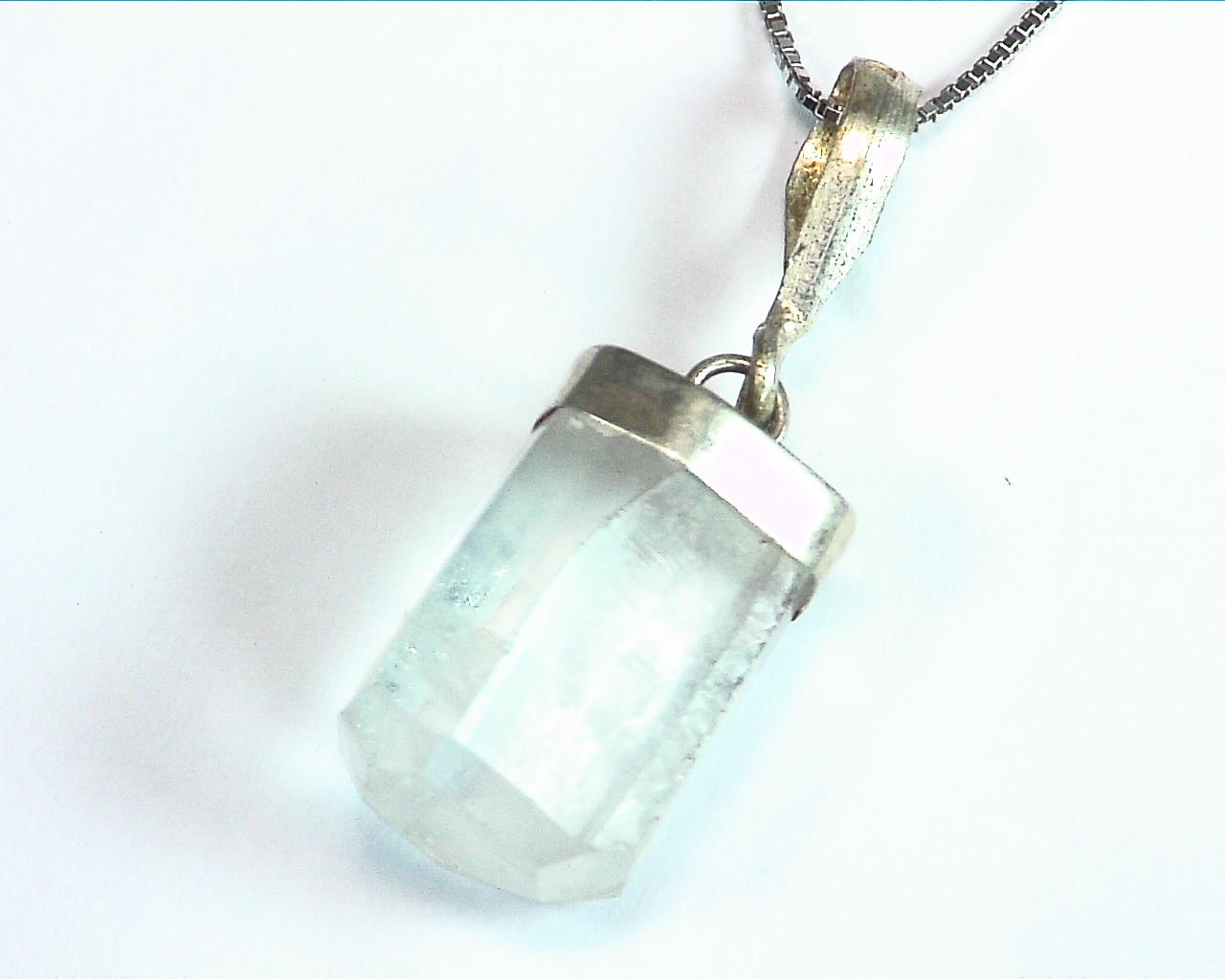 Aquamarine Natural Genuine Crystal sterling Silver Pendent PSS,845 3