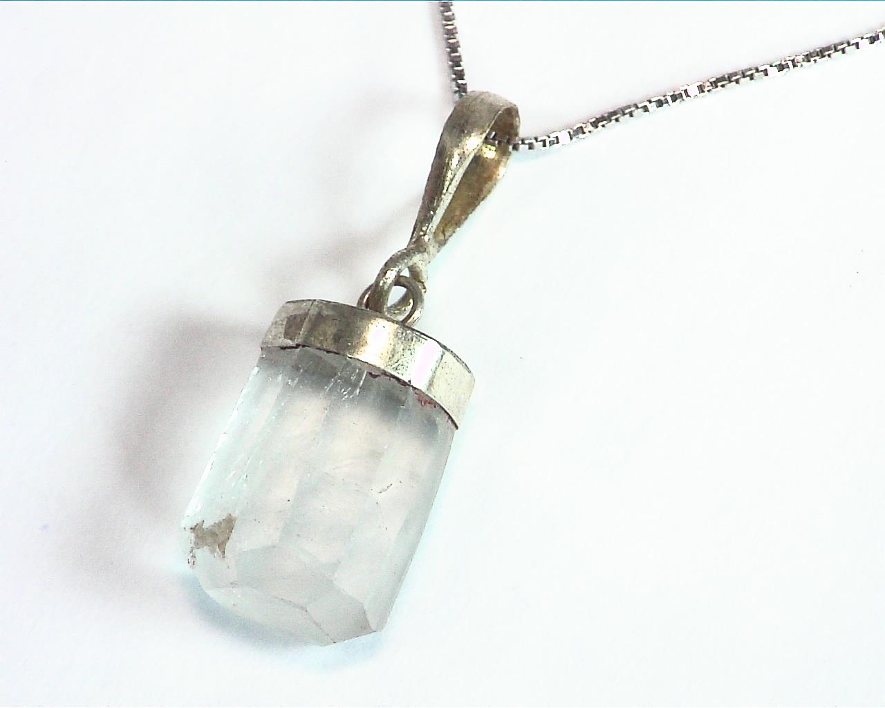 Aquamarine Natural Genuine Crystal sterling Silver Pendent PSS,845 6