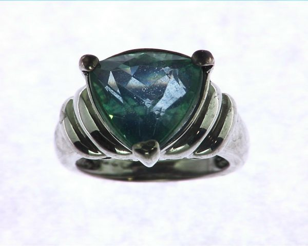 Blue Quarts In a Sterling Silver Ring 4