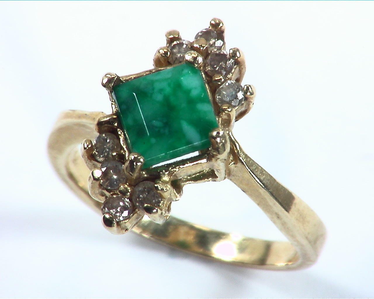Emerald Natural Genuine Gemstone Gold And Diamond Ring RFK,158
