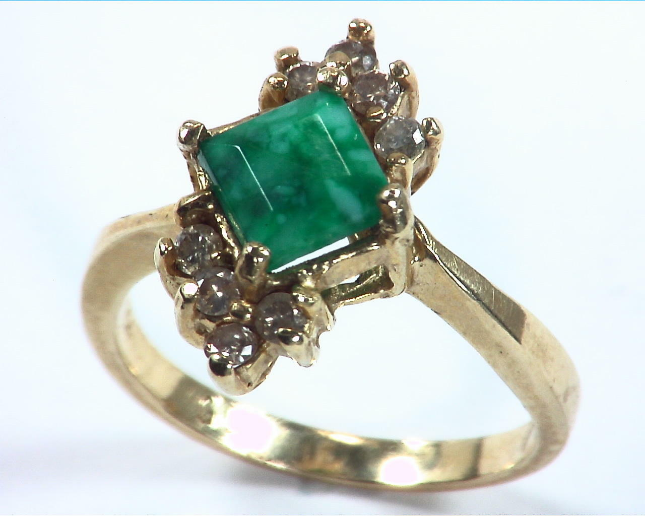 Emerald Natural Genuine Gemstone Gold And Diamond Ring RFK,158 4