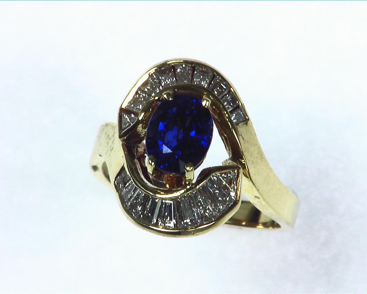 Blue Ceylon Sapphires Engagement Ring 18kt Lady,s Ring RFK,256 1