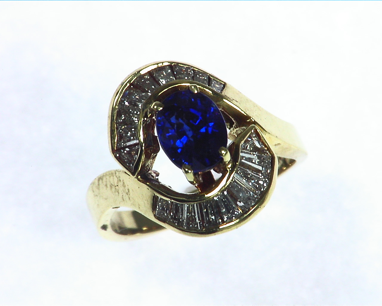 Blue Ceylon Sapphires Engagement Ring 18kt Lady,s Ring RFK,256 2