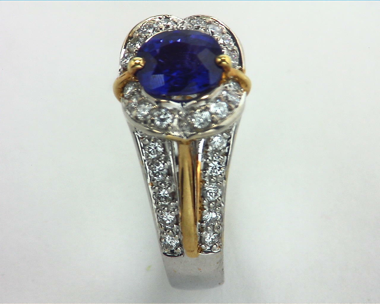 Blue Ceylon Sapphires Engagement Ring 18kt Lady,s Ring RFK,303 4