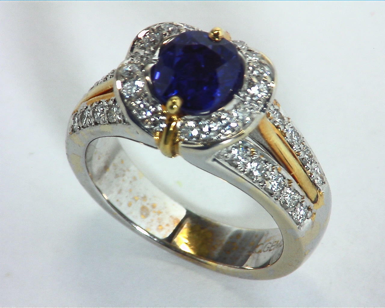 Blue Ceylon Sapphires Engagement Ring 18kt Lady,s Ring RFK,303 6