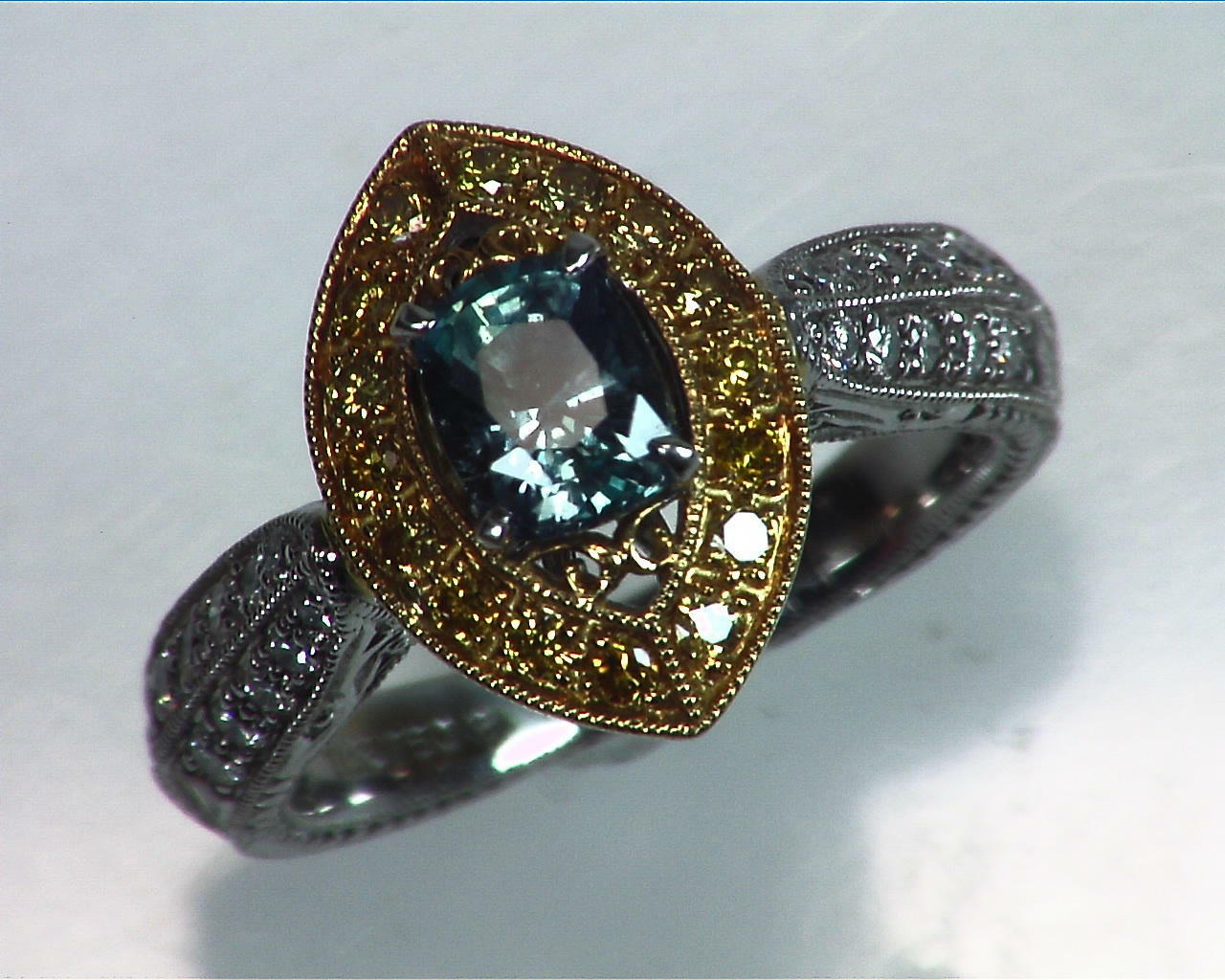 Alexandrite Natural Genuine Gemstone Diamond Yellow Gold Diamond Ring RSS,308
