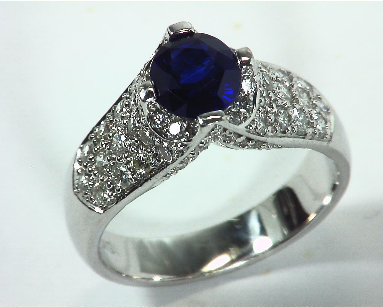 Blue Ceylon Sapphires Engagement Ring 18kt Lady,s Ring RFK,312 2