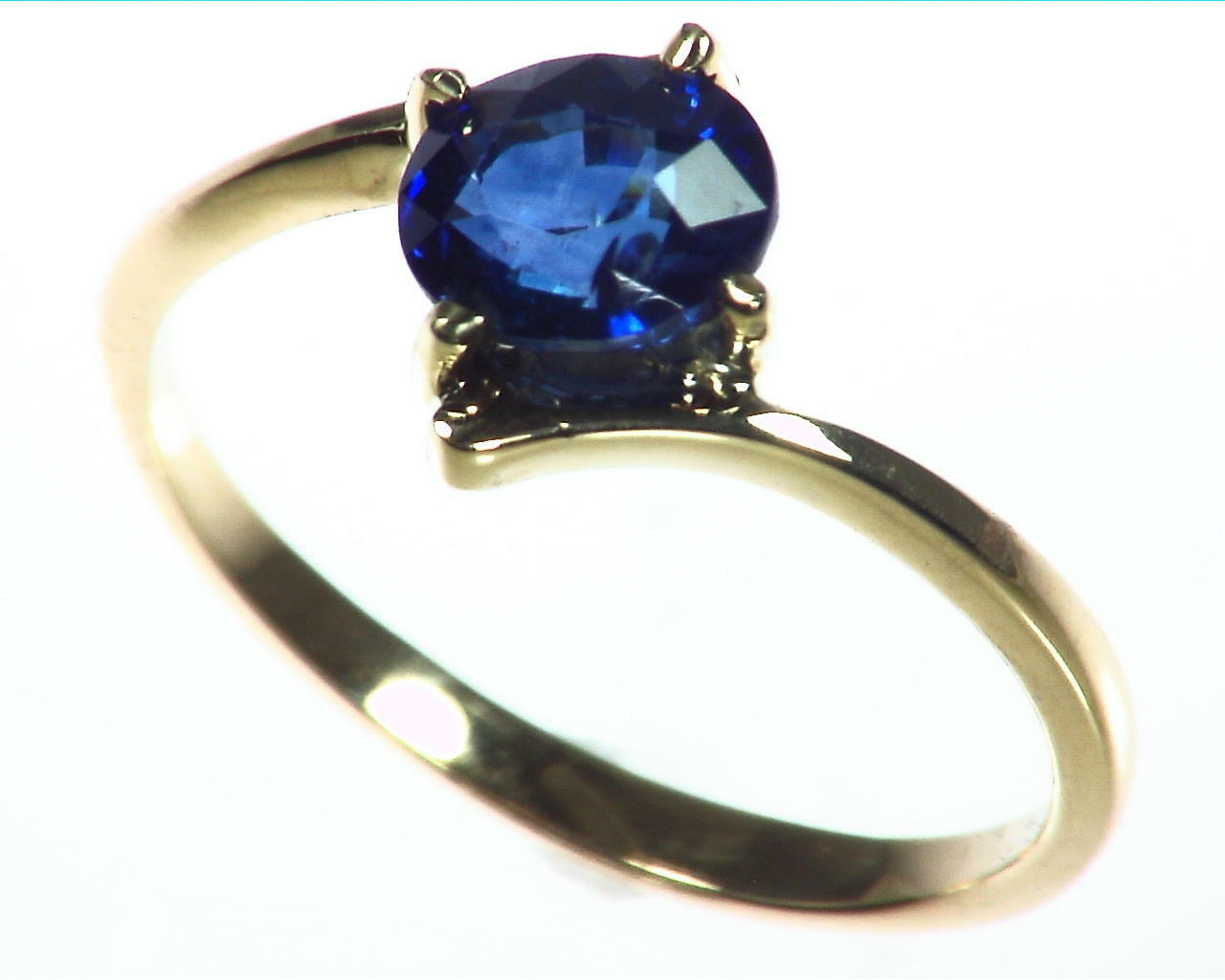 Blue Sapphire Gold Ring RFk323