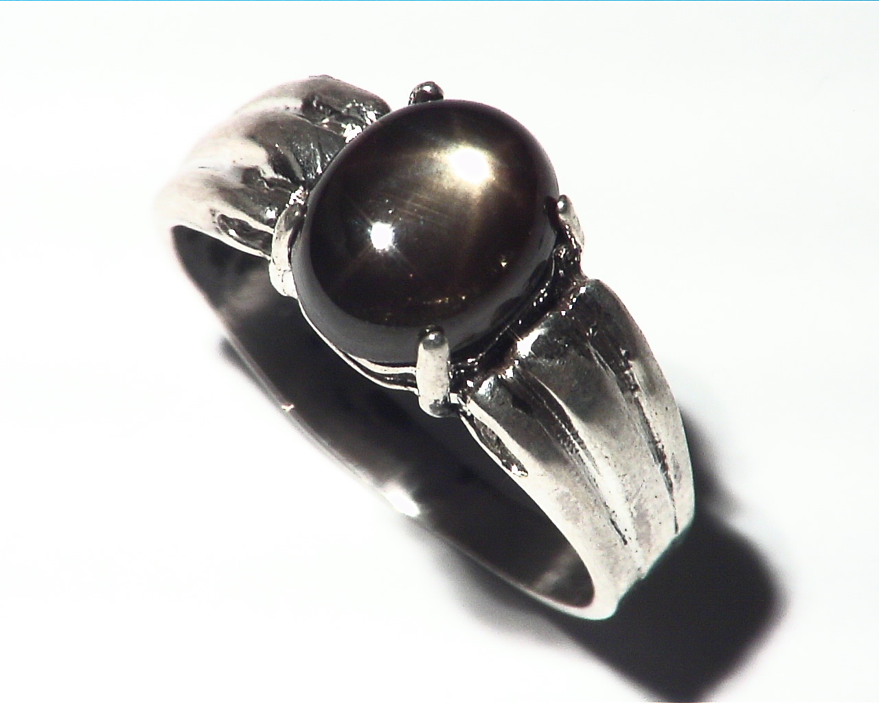 Black Star Sapphire Natural genuine Gemstone set in Sterling Silver Ring.RSS486