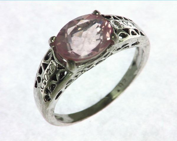 Rose Quarts Silver Ring